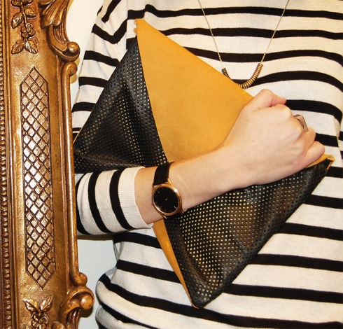 DIY-LEATHER-AND-SUEDE-CLUTCH-8
